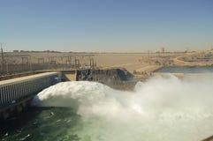 Represa de elevação de Aswan - Aswan - Egito imagens de stock