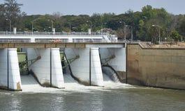 Represa de Mae Klong Imagens de Stock