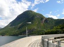 Represa de Noruega Zakariasdammen Fotos de Stock Royalty Free