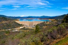 Represa de Shasta Imagens de Stock Royalty Free