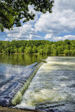 A represa de Z é uma escada de peixes imagens de stock