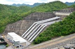 Represa elétrica do hidro poder em Tailândia Imagens de Stock