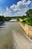 Represa hidroelétrico da central elétrica de Maikop HPS da paisagem Fotografia de Stock
