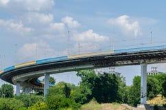 Represa hidroelétrico da ponte Fotografia de Stock Royalty Free