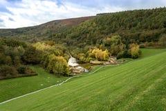 Represa máxima de Ladybower do distrito na região central da Inglaterra Imagem de Stock