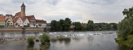 Represa no rio Neckar no Nurtingen em Alemanha do sul Fotos de Stock Royalty Free