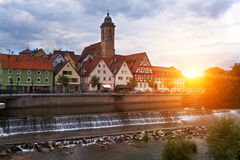 Represa no rio Neckar no Nurtingen em Alemanha do sul Fotografia de Stock