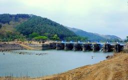 Represa nomeada & x22; Bendung Gerak Serayu& x22; fotos de stock royalty free