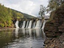 Represa velha no rio Foto de Stock Royalty Free