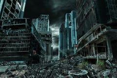 Representación cinemática de la ciudad destruida y abandonada Imagen de archivo libre de regalías