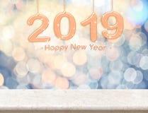 2019 representación del color 3d de la paz del Año Nuevo que cuelga sobre la etiqueta de mármol fotos de archivo