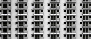 Representación ficticia 3D de apartamentos anónimos en un highrise de la ciudad Imagenes de archivo