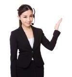 Representante de serviços ao cliente e palma aberta da mão Fotos de Stock