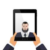 Represente-se em uma tabuleta com selfie das mãos Imagens de Stock