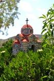 Reprodução de uma igreja em um monte fotografia de stock