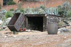 Reproducción de la mina de mineral vieja Fotografía de archivo libre de regalías