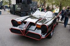 Reproducción original de Batmobile en la reunión Londres de Gumball Imágenes de archivo libres de regalías