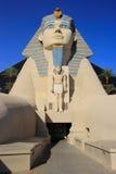 Reproduction de grand sphinx d'hôtel de Gizeh, de Louxor et de casino dans Las V Photos stock