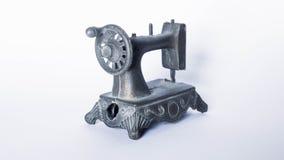 Reproduktion av en gammal symaskin Royaltyfria Bilder