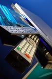 Reprodutor de DVD com bandeja e o telecontrole abertos Fotos de Stock