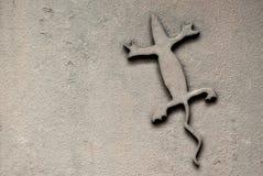 Reptil del metal, fondo fotografía de archivo