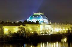 Repubblica ceca, Praga: Vista della città del fiume Fotografie Stock