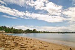 Republiken Trinidad och Tobago - Tobago ö - Mt Irvine fjärd - tropisk strand av det karibiska havet Arkivfoton