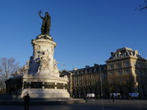 Republiquevierkant in Parijs stock foto