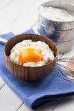 Requesón y huevo Imagen de archivo
