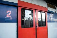 RER trein, Parijs Stock Afbeeldingen