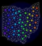 Res muerta poligonal Mesh Map del estado de Ohio con los puntos ligeros coloridos ilustración del vector