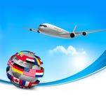 Resa bakgrund med ett flygplan och en globу Arkivbilder