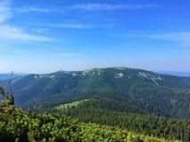 resa för berg Arkivfoton