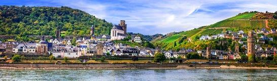 Resa i Tyskland, den bildmässiga staden Obwersel, över Rhine River Royaltyfri Bild