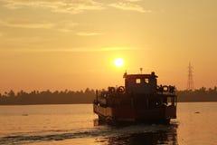 Resa till soluppgången Royaltyfria Foton
