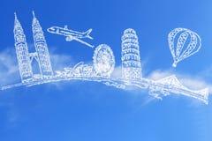 Resa världen och molnet royaltyfri bild