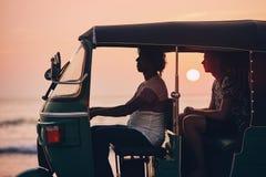 Resa vid tuktuk royaltyfri bild