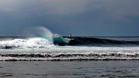 Resaca Bali de Uluwatu Imágenes de archivo libres de regalías