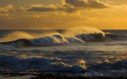 Resaca, puesta del sol, Kauai, Hawaii Fotografía de archivo libre de regalías