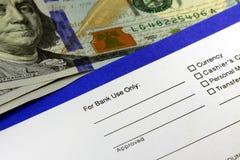 Resbalón de transferencia de actividades bancarias de la renta de empresas foto de archivo libre de regalías