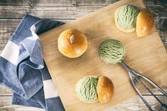 Resbaladores del helado del té verde Imagen de archivo