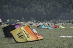 Reschensee - Italien - Suedtirol - 2015 am 10. August, kitesurfing sch Lizenzfreie Stockfotografie
