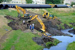 Rescue drowned excavator Royalty Free Stock Photography