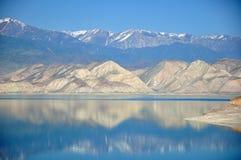 Reserva de agua de Toktogul Fotografía de archivo