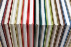 Reserva las cubiertas coloridas fotos de archivo