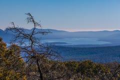 Reservatório de Moora Moora de Reed Lookout, parque nacional de Grampians fotografia de stock