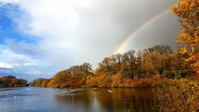 Reservatório do arco-íris fotografia de stock