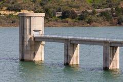 Reservoir-Kontrollstation Lizenzfreie Stockbilder