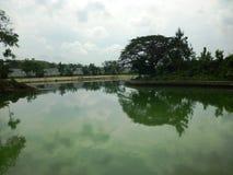 Reservoir van water het stromende Bentolo Royalty-vrije Stock Fotografie