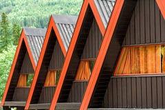 Residenciais triangulares do telhado Imagens de Stock